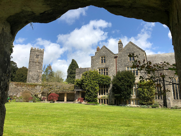Dartington22